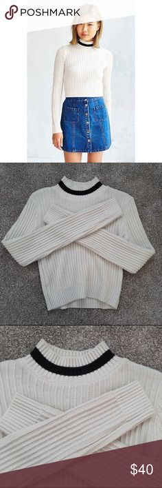 UO Mock Neck Sweater new without tags ivory cropped mock neck sweater from Urban Outfitters Urban Outfitters Sweaters Cowl & Turtlenecks