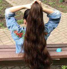 Effortless Side Braid - 30 Elegant French Braid Hairstyles - The Trending Hairstyle Long Ponytail Hairstyles, Long Hair Ponytail, French Braid Hairstyles, Cool Hairstyles, Braided Ponytail, French Braided Bangs, Loose French Braids, Long Hair Community, Long Indian Hair