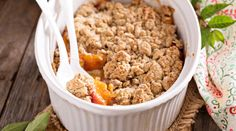 Peach Crumble, Fried Rice, Dog Food Recipes, Fries, Cereal, Cleaning, Dolce, Breakfast, Ethnic Recipes