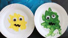 Paper Plate Paint Splat Monster - http://www.pbs.org/parents/crafts-for-kids/paper-plate-paint-splat-monster/