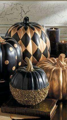 Black&gold pumpkins