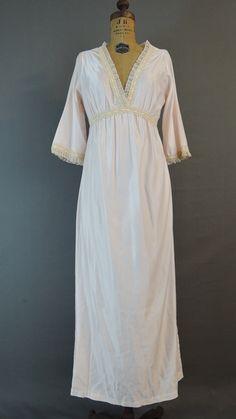 Vintage 1980s Palest Pink Satin Nightgown with Sleeves, 36 bust - Dandelion Vintage