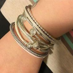 Love the white leather #dopandora #pandora #pandoralove #pandoraprincess86 #bracelets #pandorajewelry #pandorabracelet #pandoracharms #stack #stackoftheday | Content shared via Bazaarvoice Curations Gallery