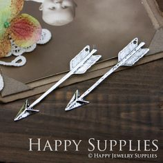 4Pcs LARGE Antiqued Vintage Silver Arrow Charms / by happysupplies, $3.20