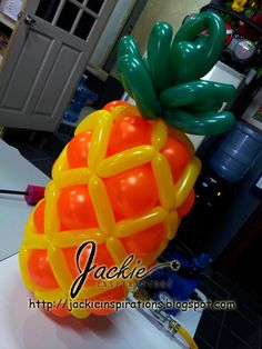 Balloon decorations for weddings, birthday parties, balloon sculptures in Kuching and Sibu, Sarawak: Balloon Sculptures