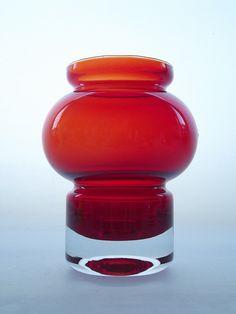 Riihimaki 'Välkky' ruby cased glass tealight/vase. Designed by Tamara Aladin.