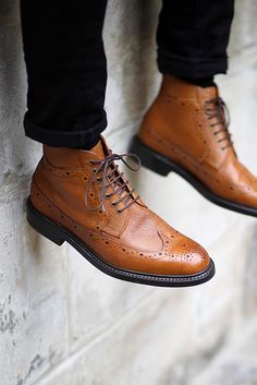 Clarks Edward Lord Wingtip Brogue Pebbled Boots