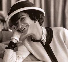 Biografia de Coco Chanel e frases famosas da estilista - Série as grandes Estilistas da Moda Européia