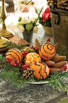 Put out memorable Christmas table decorations this season with these holiday decor ideas. From stunning Christmas centerpieces to place settings and beyond, our table decorations are sure to sparkle. Bright Christmas Decorations, Christmas Table Centerpieces, Christmas Table Settings, Christmas Tablescapes, Centerpiece Ideas, Tree Decorations, Christmas Buffet Table, Fall Table, Holiday Tables