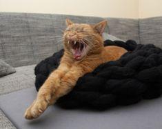 Cat Bed Cat House Cat furniture Cat Cave Chunky Cat Bed by Miauhau