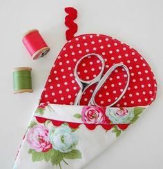 scissor sleeve