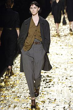 Dries Van Noten Fall 2006 Ready-to-Wear Collection on Style.com: Complete Collection