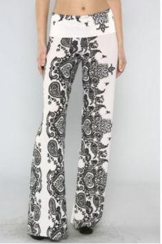 5e3d134b37d White with black detail vintage theme print palazzo pants wide leg size  Small Printed Yoga Pants
