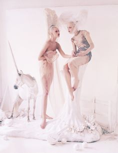 tim walker vogue 2012