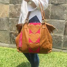 cartera-carteras-carteras de cuero-carteras de moda- carteras Peru-carteras Lima- carteras en oferta-handbags-bags-fashion bags-leather bags-PLUMSHOPONLINE.COM - Completa tu look con la bella cartera de cuero RANIA  Consíguela AHORA en la tienda online de PLUM: http://ift.tt/2wuLh9b o en el enlace de nuestro perfil @plumshoponline
