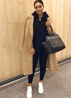 Winter fashion outfits, Casual winter outfits, Autumn fashion Fashion, Winter outfits women, Street style trends - There are many great outfits you may wear which are appropriate without appeari - Casual Winter Outfits, Winter Mode Outfits, Winter Outfits Women, Winter Fashion Outfits, Classy Outfits, Look Fashion, Chic Outfits, Trendy Outfits, Fall Outfits