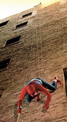 The Amazing Spider-Man 1977 Live Action TV Show / Nicholas Hammond Marvel Comic Books, Marvel Characters, Marvel Heroes, Marvel Movies, Marvel Avengers, Nicholas Hammond, 80s Tv Series, Action Tv Shows, Superhero Tv Shows