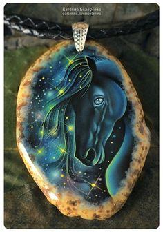 """Кулон с росписью """"Звездный образ"""" (лошадь,космос, лаковая миниатюра) -"""