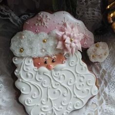 Fantastic Pink Santa Cookies by Teri Pringle Wood Santa Cookies, Christmas Sugar Cookies, Iced Cookies, Cute Cookies, Cookies Et Biscuits, Holiday Cookies, Shortbread Cookies, Cupcakes, Fondant Cookies