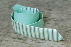Skinny Tie in Stripes / Mint Men's skinny tie / Wedding Ties / Necktie for Men FREE GIFT by TheBestBoysTies on Etsy https://www.etsy.com/listing/190690068/skinny-tie-in-stripes-mint-mens-skinny