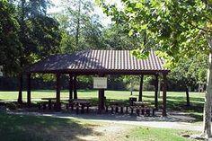 Picnic area in Saugstad Park Picnic Area, Gazebo, Parks, Outdoor Structures, Outdoor Decor, Kiosk, Pavilion, Parkas