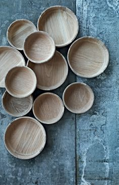 Nuance is a new Danish brand focusing on the artisan work and details in each product. Functional Scandinavian time less design. Nordic Design, Scandinavian Design, Green Label, Wooden Ornaments, Wood Creations, Light Project, Wood Bowls, Wooden Kitchen, Wood Glass
