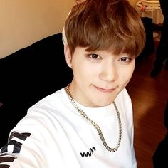 lucente stage name: kogun / 고건    birthday: march 7, 1997    position: vocal    height: 180 cm    weight: 58 kg    » ex member of boy group, zest
