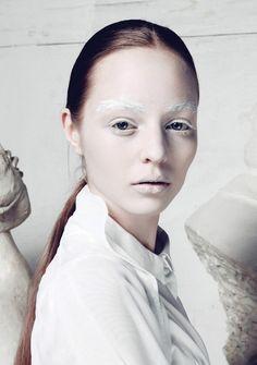 ice makeup   Ice queen   Makeup Shakeup