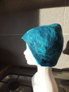 turquoise blue pointy hat   (by Felt by me!)