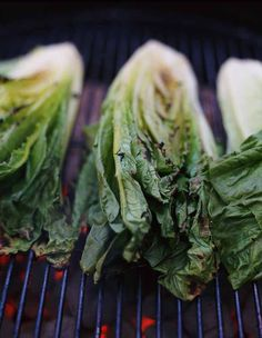 Grilling Romaine Lettuce, an exciting way of cooking and eating lettuce)