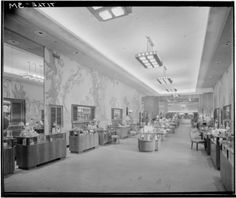 BULLOCK'S - PASADENA: Cosmetics department, ca. 1947. Maynard L. Parker Negatives, Photographs, and Other Material