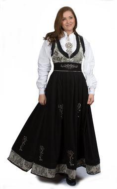 no Jostedalsrypa Skifergrå m lenke Halloween 2015, Norway, Goth, Textiles, Culture, Costumes, Womens Fashion, Inspiration, Dame