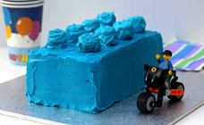 Kids Lego Cake from http://www.kidspot.com.au/best-recipes/Birthday-cakes+100/Lego-birthday-cake-recipe+3649.htm