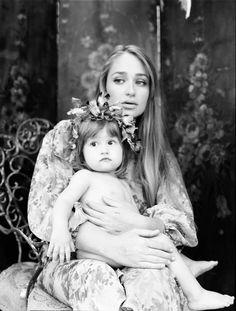 Jemina Kirke with gorgeous child