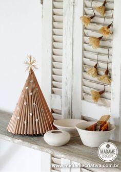 Como fazer árvore de natal com revista - Reciclagem - Passo a Passo com fotos - Tutorial