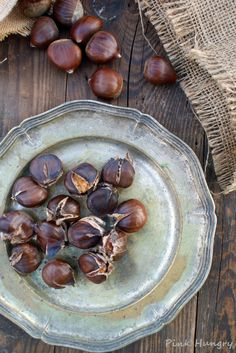 roasted chestnuts by Pink Hungry