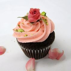chocolate cupcake w/ rose water buttercream