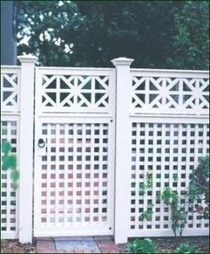 love the lattice over top of privacy fence and pergola-type topper. Do this along the back fence to shield from neighbors. Trellis Fence, Lattice Fence, Fence Gate, Diy Fence, Bamboo Fence, Walpole Outdoors, Garden Gates And Fencing, Iphone Wallpaper Inspirational, Backyard Fences