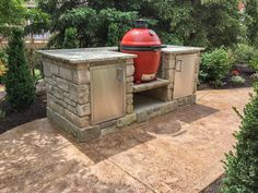 """Obtain wonderful pointers on """"built in grill diy"""". They are actually offered for you on our site. Outdoor Cooking Area, Build Outdoor Kitchen, Outdoor Kitchen Design, Outdoor Kitchens, Diy Grill, Grilling, Kamado Grill, Kamado Joe"""