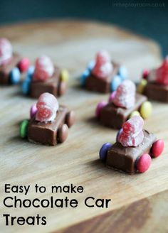 these chocolate car treats are so easy to make, no bake just put them together from sweets. Fun for children to make these chocolate car treats are so easy to make, no bake just put them together from sweets. Fun for children to make Chocolate Car, Chocolate Treats, Chocolate Factory, Childrens Baking, Childrens Party, Baking With Kids, Simple Baking, Birthday Treats, Food Crafts