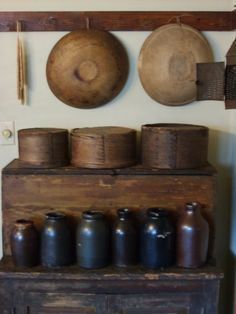 Really like this collection of jugs, boxes and bowls.