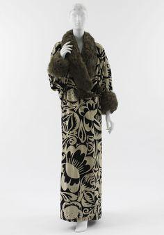 "24-10-11  Paul Poiret (French, 1879?1944) Textile design by Raoul Dufy (French, 1879?1953)   ""La Perse"" Coat Worn by Denise Poiret, 1911"