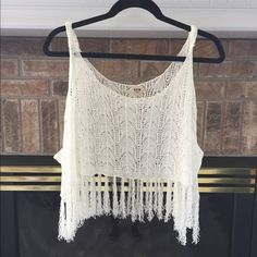 Boho Lace Top!! Super cute lacey top to be worn over swim suit or bandeau. Perfect for the summer!☀️ great condition Tops