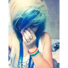 Blonde and blue hair <3
