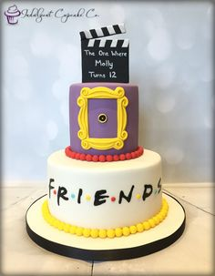 Friends (TV Show) cake. Friends Birthday Cake, 25th Birthday Cakes, Friends Cake, 13th Birthday Parties, 14th Birthday, Friends Tv Show, Cake Tv Show, Themed Cakes, Party Cakes