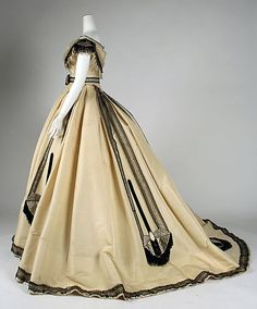 Ball gown, Emile Pingat, c. 1860.