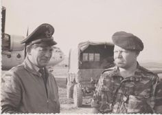 legion-etrangere-Algerie-AFN-legionnaire-3-e-REI-avec-officier-luffwaffe-aures