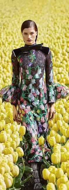Harper's Bazaar August 2017 V Botanical Fashion, Floral Fashion, Harpers Bazaar, Event Styling, Floral Fabric, Flower Power, Editorial Fashion, All Things, Florals