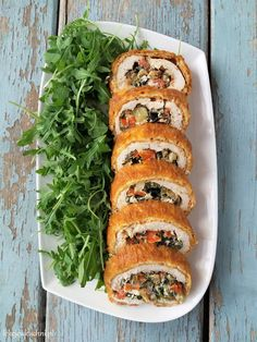 Food Design, Salmon Burgers, Bagel, Food And Drink, Healthy Recipes, Bread, Chicken, Cooking, Ethnic Recipes
