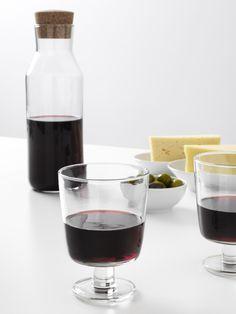 IKEA 365+ wijnglas | IKEA IKEAnl IKEAnederland designdroom keuken inspiratie wooninspiratie interieur wooninterieur glas drinken koken eten drinken diner tafelen karaf wijn